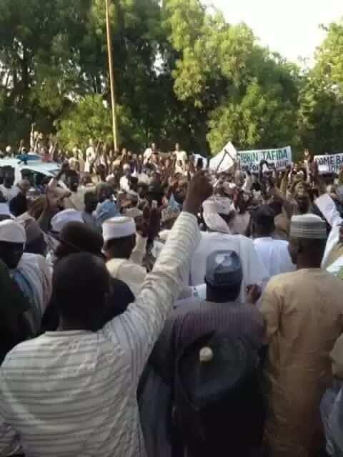 Goodluck Jonathan receives hero's welcome in Sokoto