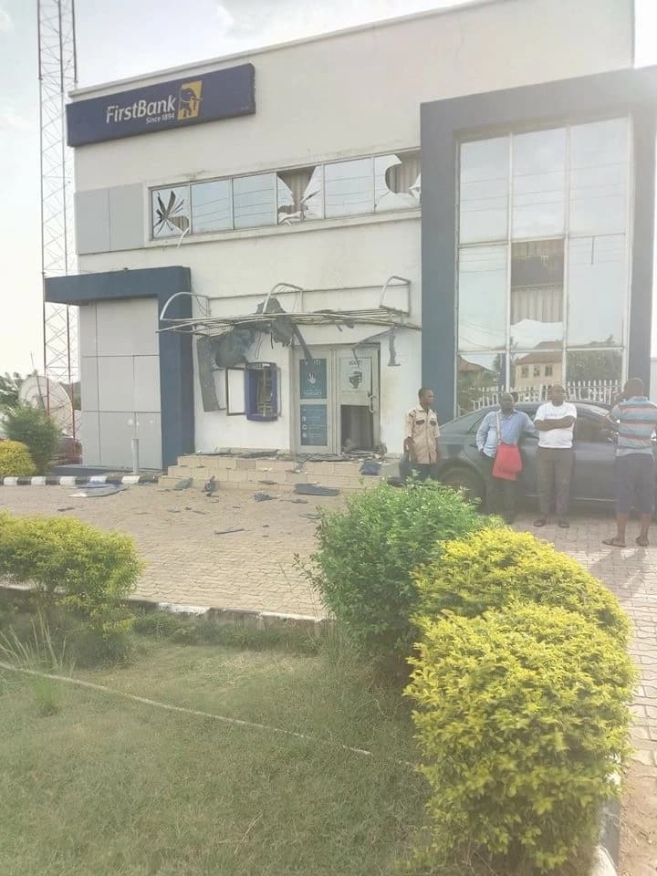 10 days after Offa robbery, suspected armed robbers attack First Bank, kill police in Ekiti