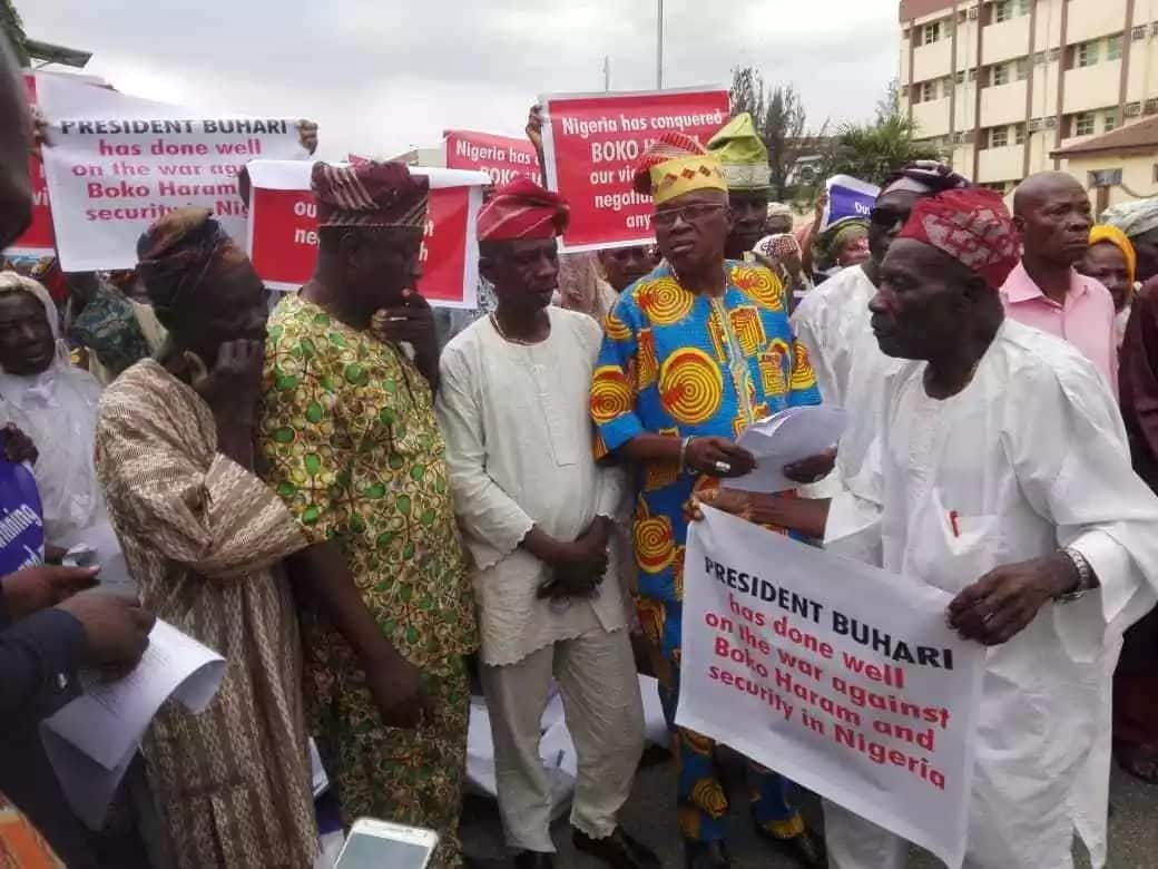 Octogenarians hold rally for President Buhari in Lagos (photos)