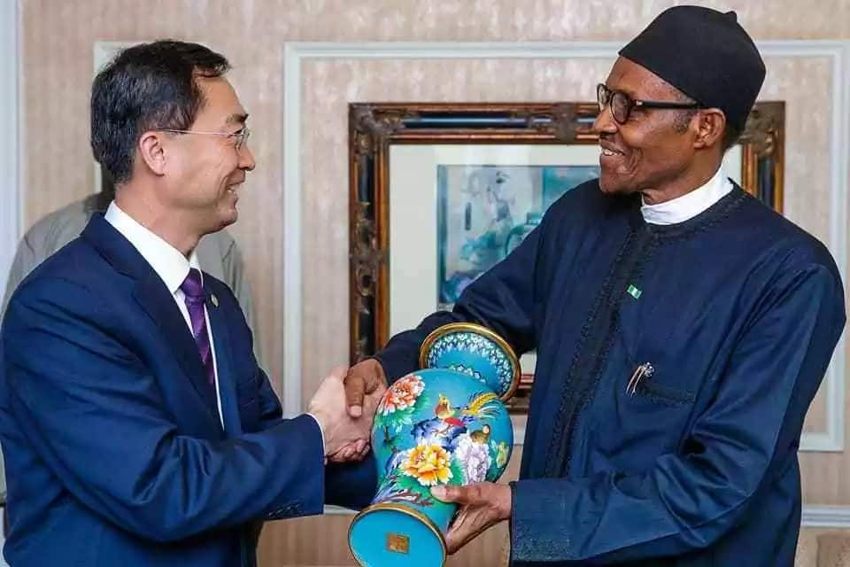 President Buhari meets with partners for the construction of Mambilla Power Plant, returns to Nigeria (photos)