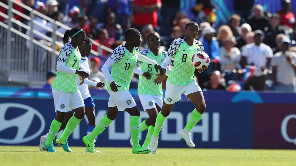 Ajibade qualifies Nigeria into the quarter finals after a 1-1 draw with China