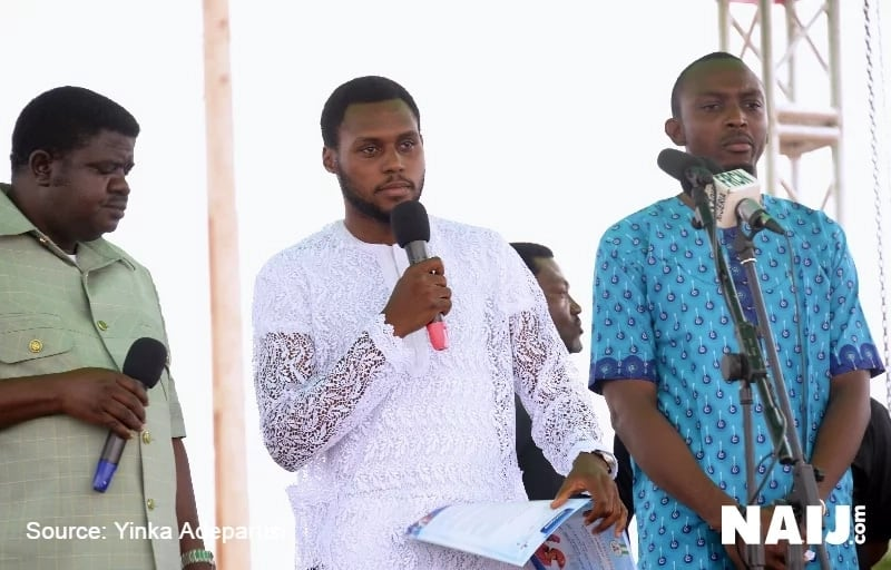 Ocholi's son pays tribute to his dad (photo, video) ▷ Legit ng