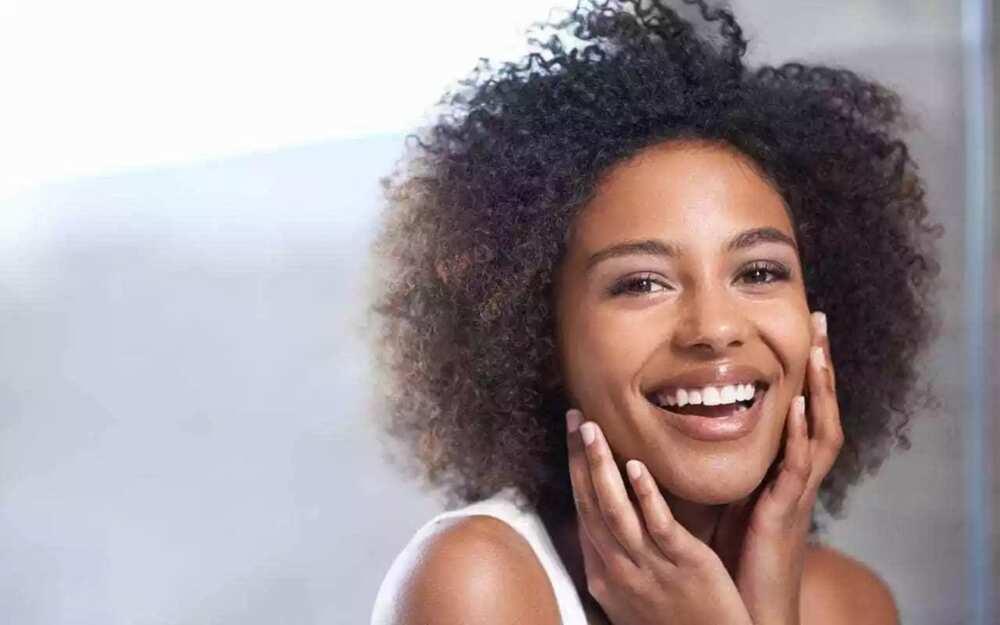 Almond oil for beautiful skin
