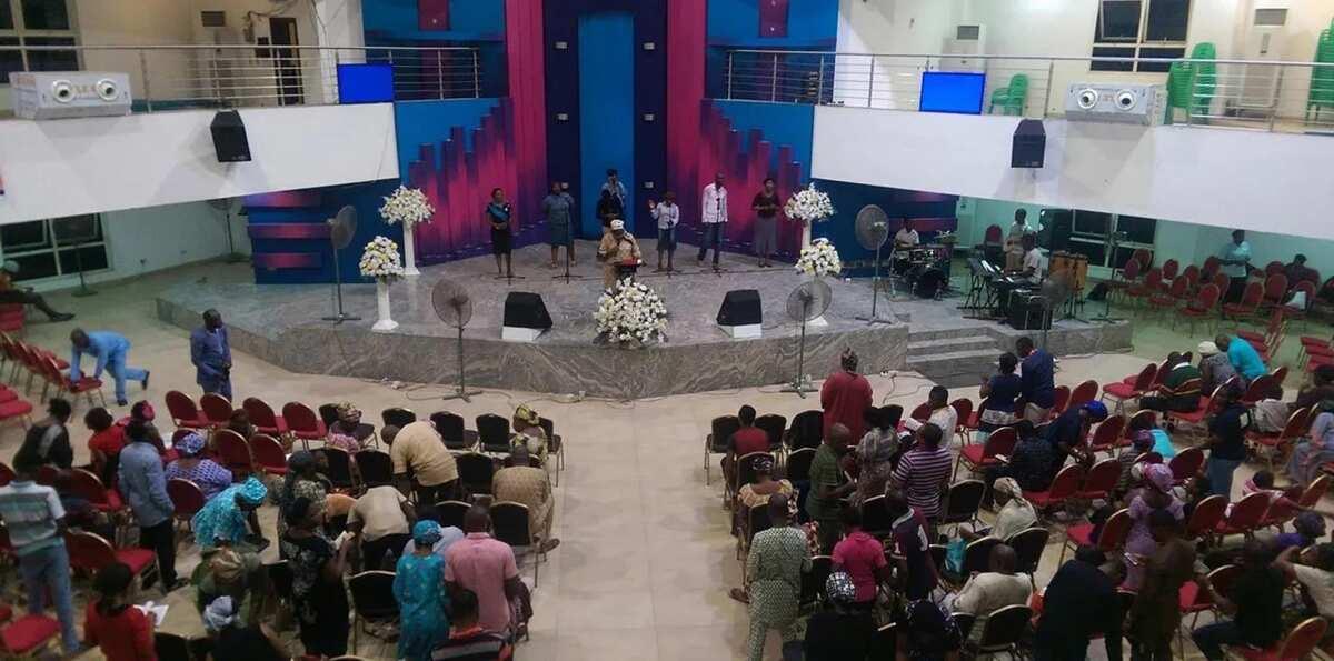 Duk wanda baya biyan kudin coci na mako-mako wuta zai je - Pastor Adeboye