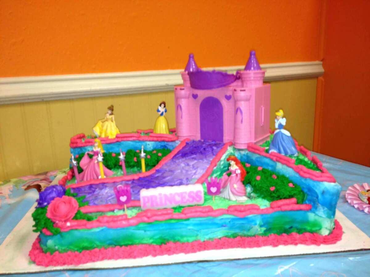 Cakes For Little Girls Little Girls Dream Cake Mermaid Cakes