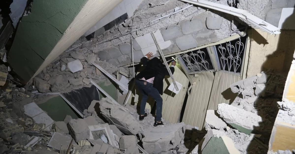 Thousands injured in the earthquake that hit Iran and Iraq Source: Twitter, HuffPost
