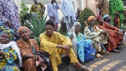 Iyalan tsofaffin ma'aikatan NITEL su 500 da suka mutu sun samu N1,500,000,000 daga Buhari