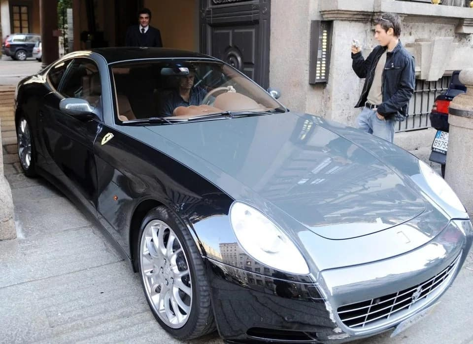 Abramovich purchased a £250,000 Ferrari for Mourinho 5 months after his sack