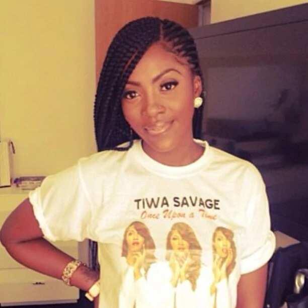 Tiwa Savage side parting