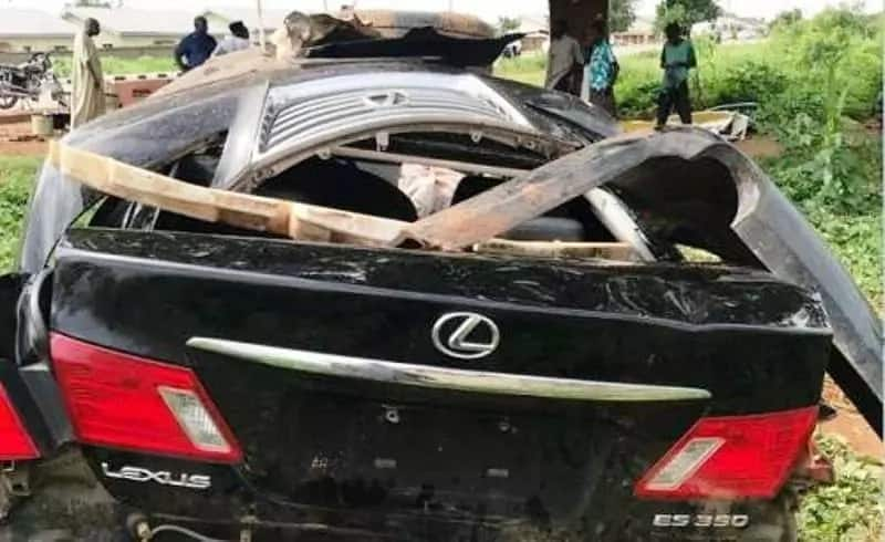 Breaking: Sultan of Sokoto's son reportedly involved in car crash (photos)