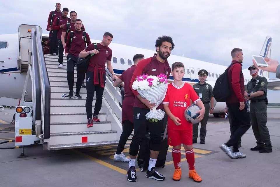 Liverpool given prestigious reception in Ukraine by Kiev airport staff