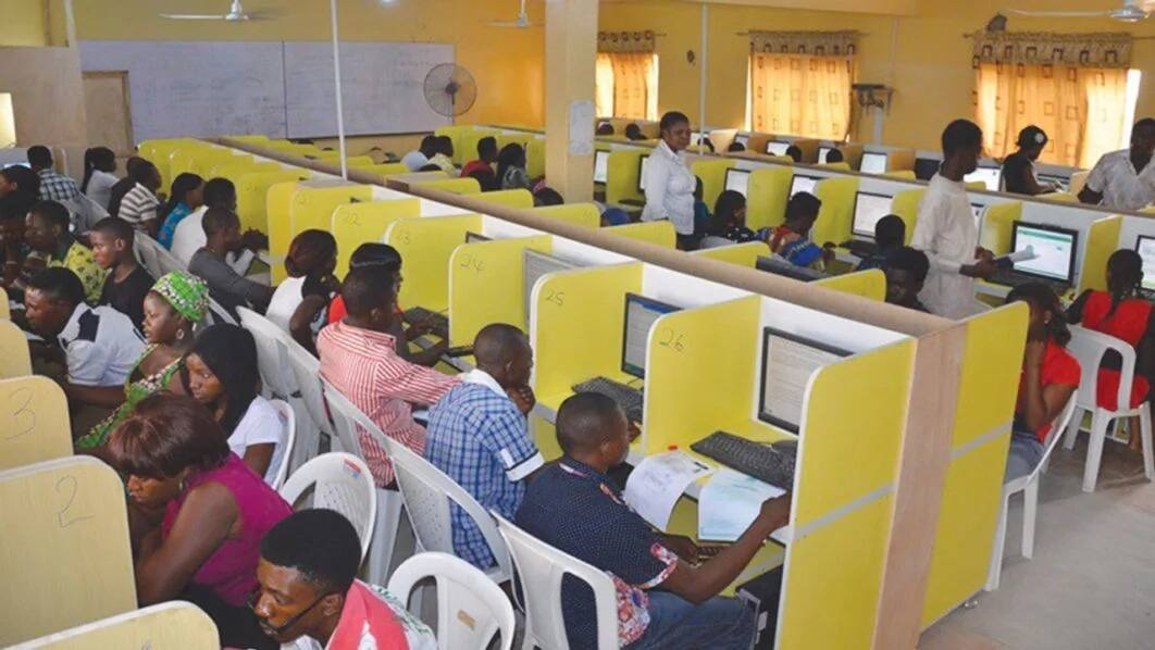 Is jamb change of institution still on sale?