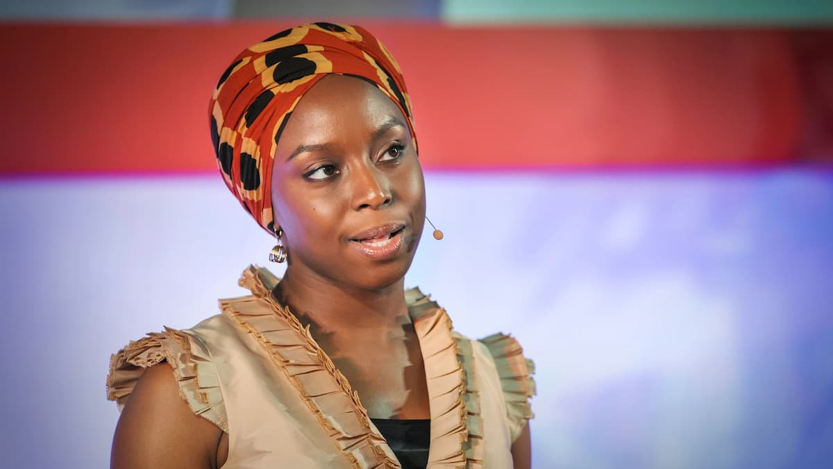 Chimamanda Ngozi Adichie short biography