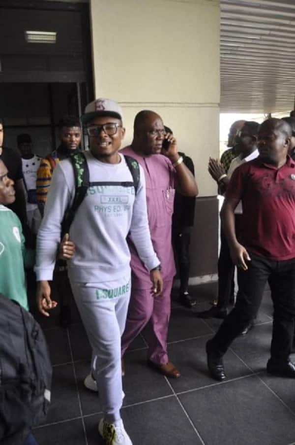 AFCON 2019 Qualifiers: Alex Iwobi and 6 other Super Eagles stars storm Uyo camp