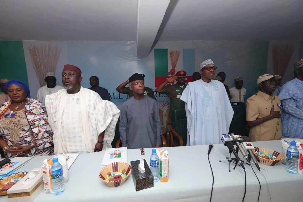 Cikin Hotuna: Shugaba Buhari ya halarci taron Jiga-Jigan jam'iyyar APC