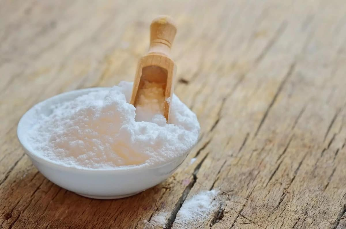 How to use baking soda for hair growth?