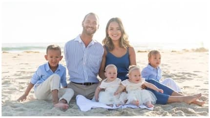 Limbless pastor looks happy with his family as he shares adorable beach photos