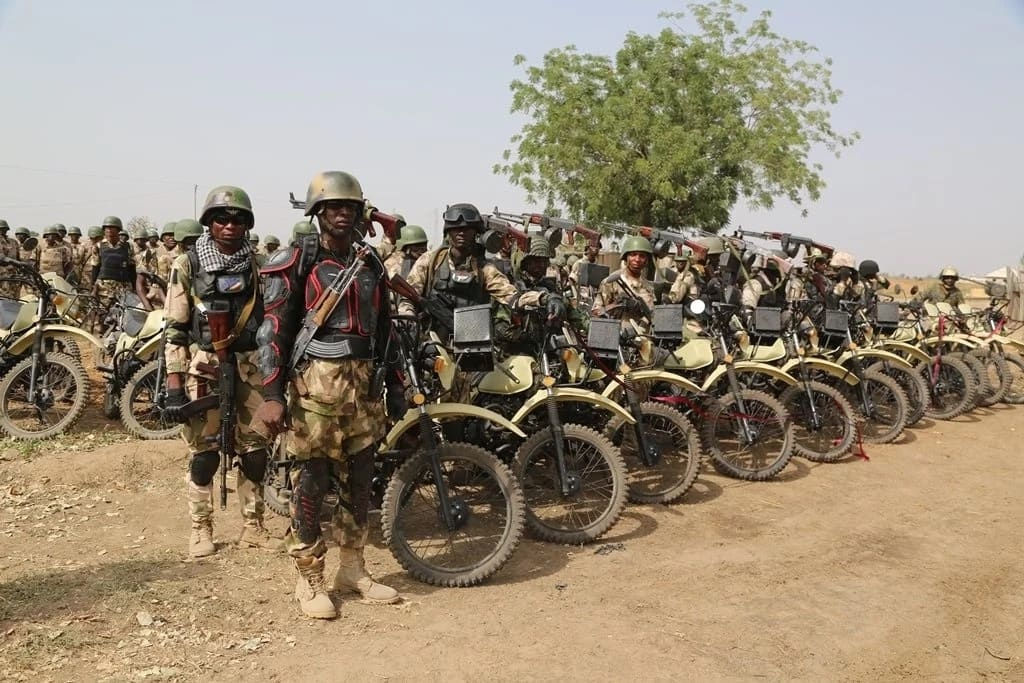 What documents should you provide for Nigerian Army Application Form?
