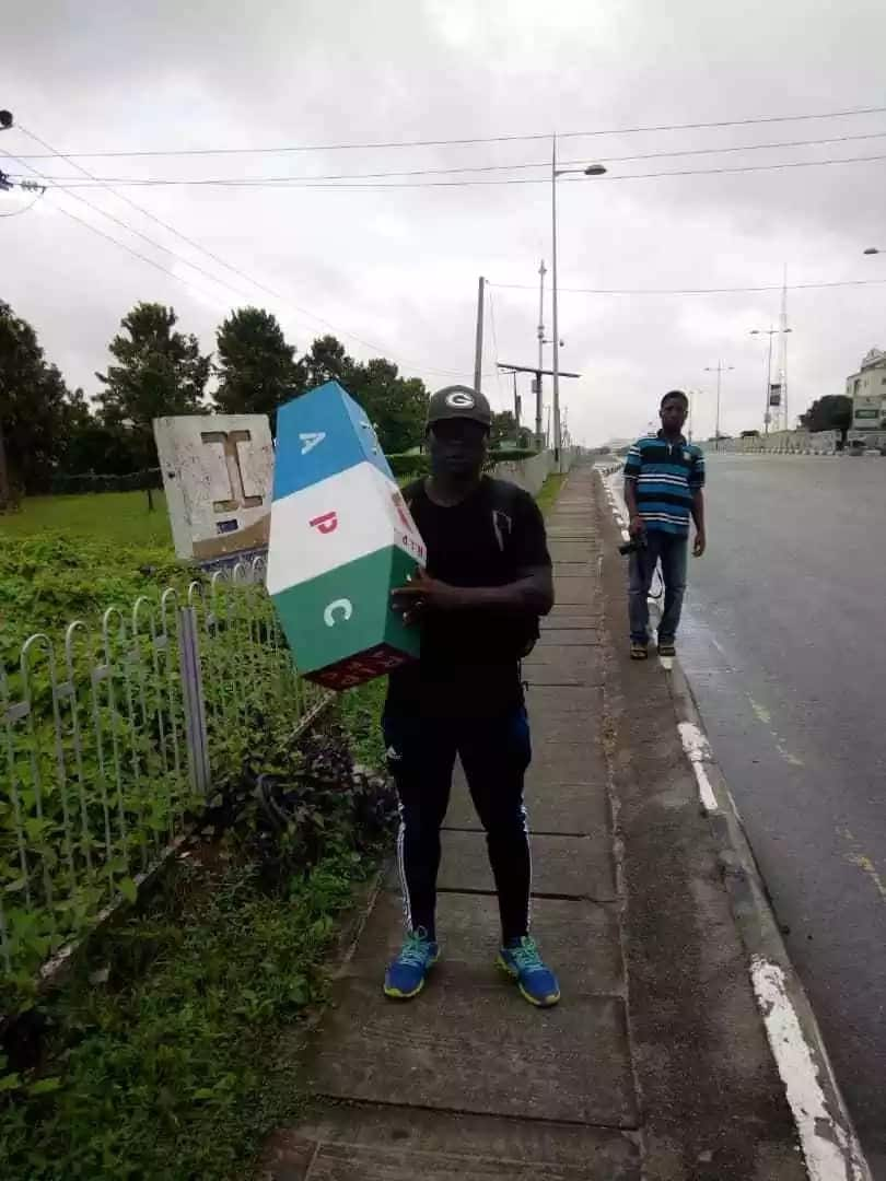 Why I am trekking from Lagos to Abuja - Man who reportedly trekked for APC in 2015