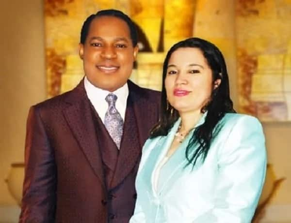 Pastor Chris Oyakhilome wife and children