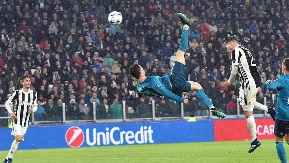 Watakila Cristiano Ronaldo ya keta sharudan COVID-19 inji Ministan wasannin Italiya