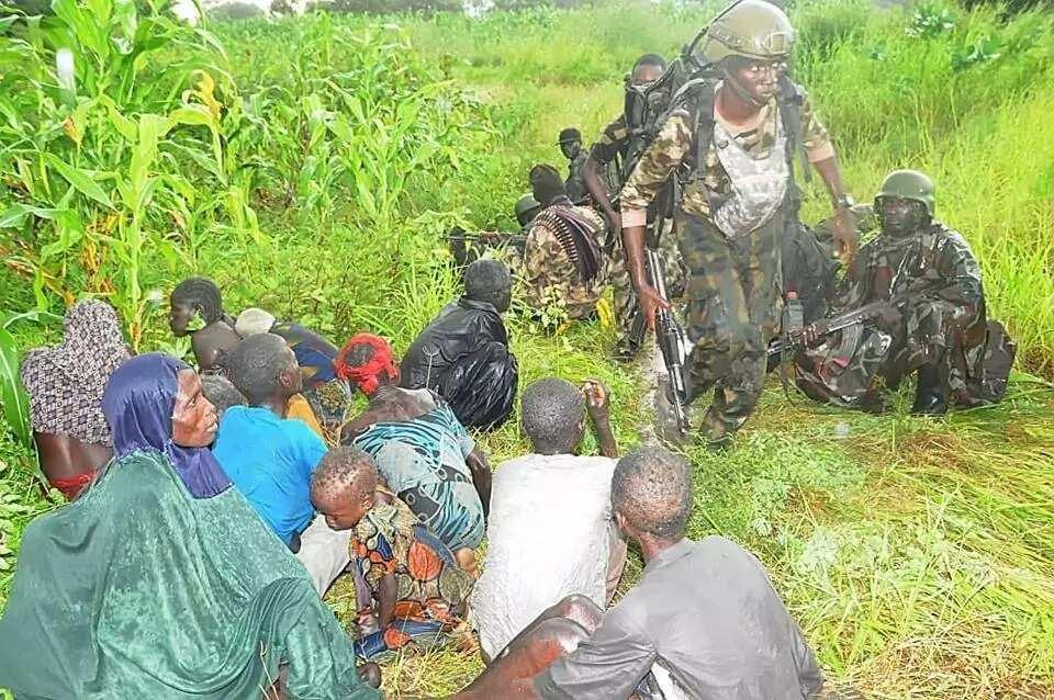 Sojojin Najeriya sun kwato wasu mutane 21 daga hannun 'yan Boko Haram