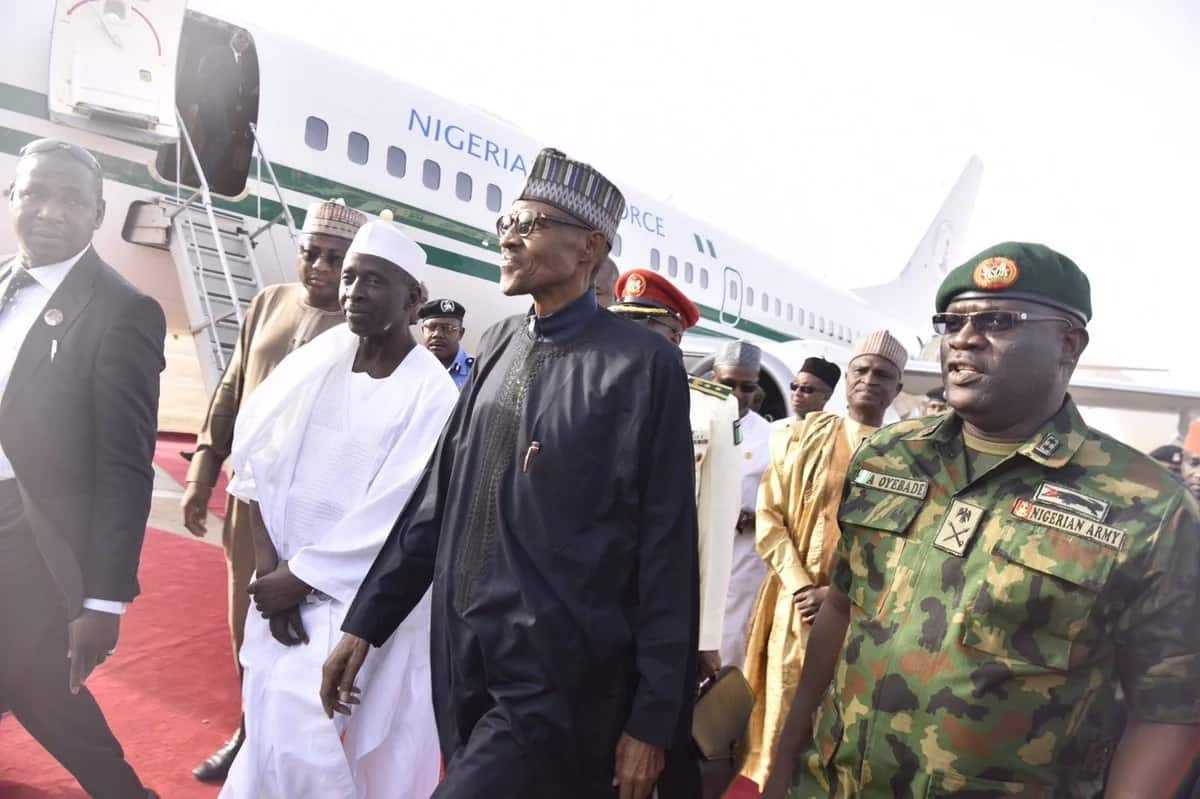 BREAKING: President Buhari finally returns to Nigeria, to address the nation (Video)
