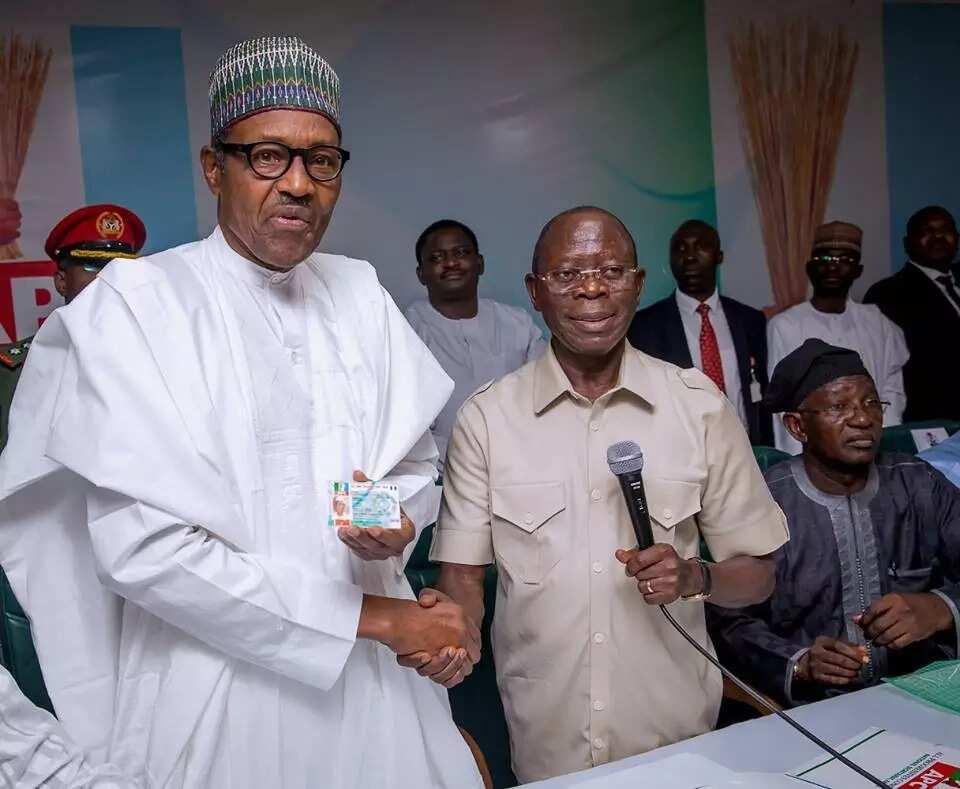 President Buhari receives digitized APC membership card (photos)