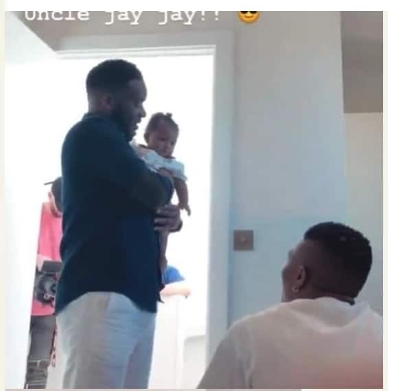 Jay Jay Okocha chilling with Wizkid in his London home