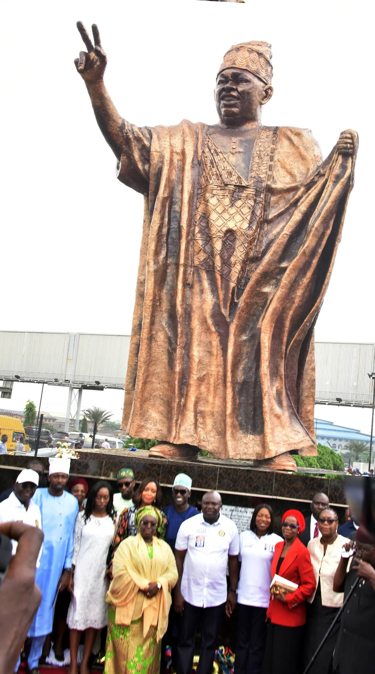 Celebration in Lagos as Ambode unveils massive statue to honour Abiola, family reacts