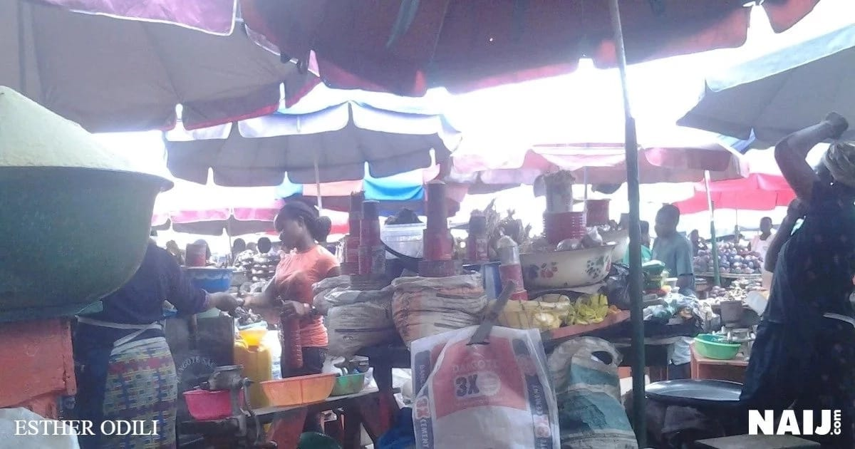 Foodstuff items now sold at a reduced price at Ogba retail market, Ogba, Lagos. Source: Esther Odili.