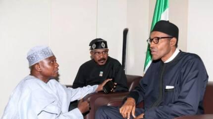 Zuwan su Buratai kaddamar da kamfen din Buhari: Garba Shehu ya yi karin haske