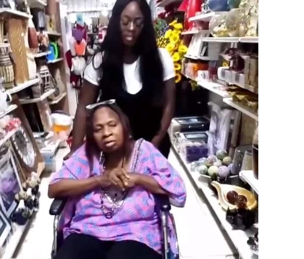Uriel, ex-BBNaija housemate takes her mother shopping (video)