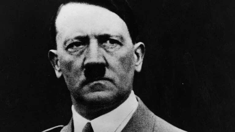 Tantamar wai ko Adolf Hitler ya mutu a yakin duniya II, ko tsere wa yayi Argentina - Sabon Rahoto