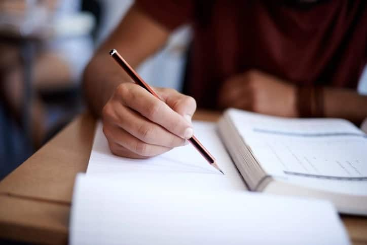 How to write a journal entry for college