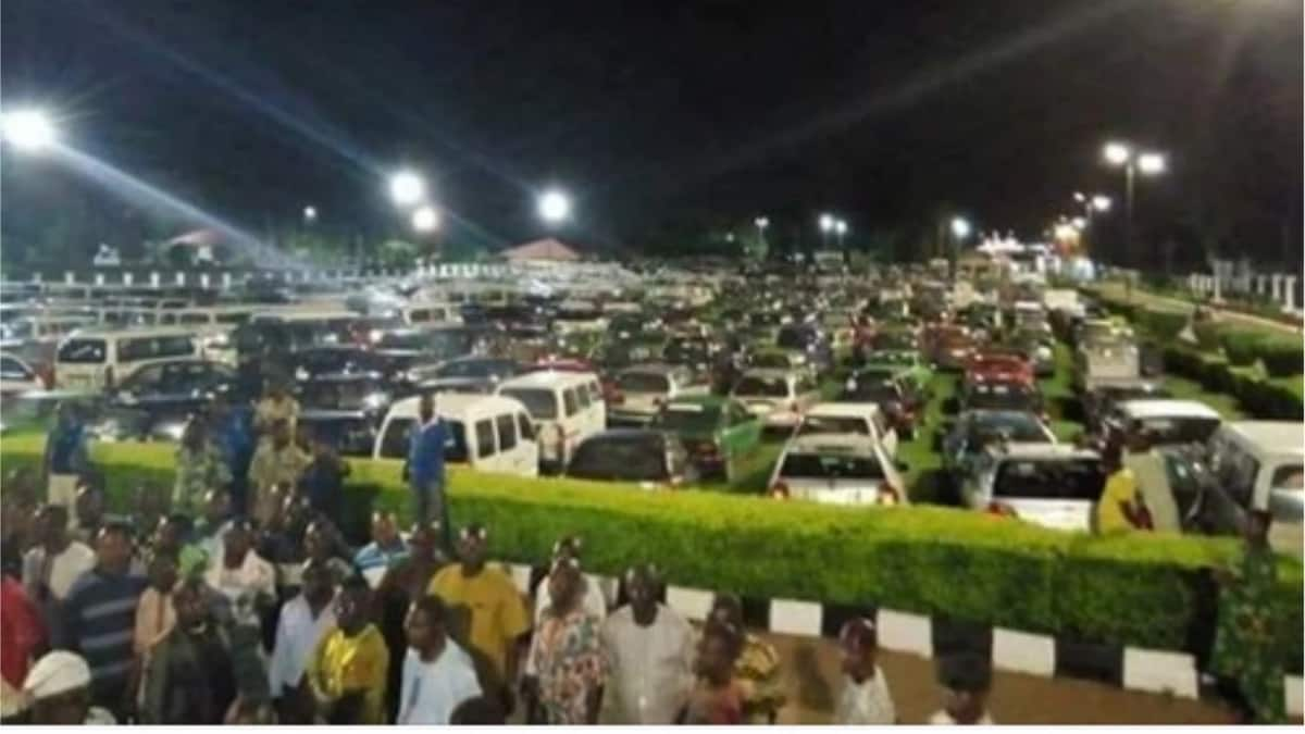 JUST IN: Fayose allegedly shuts down transportation in Ekiti, orders commercial vehicles off roads to hinder Buhari's visit