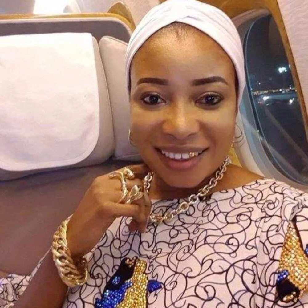 Dalilin da ya sa na yi watsi da Kristanci na rungumi addinin Musulunci – Inji wata ficecciyar dandalin Nollywood