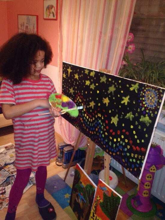 Meet Talented 8-Year-Old Nigerian Female Artist