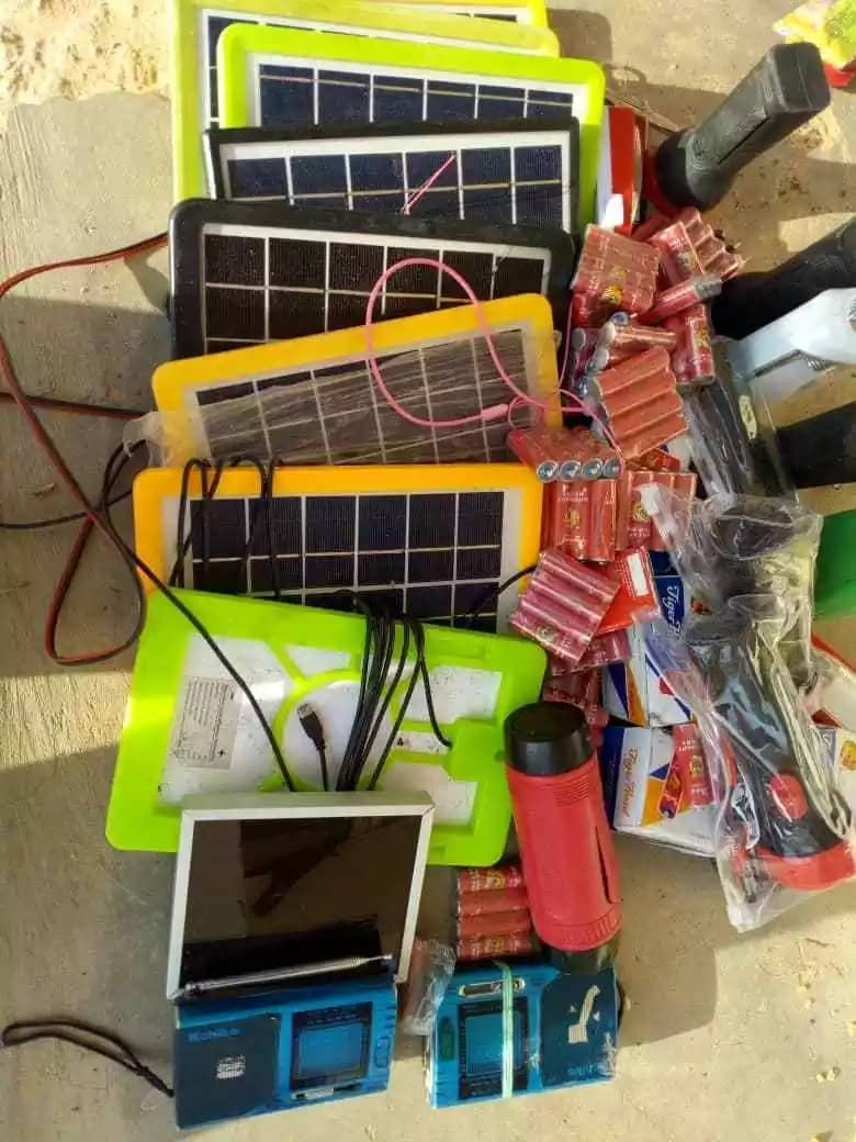Electronic gadgets recovered from the terrorists. Source: Twitter, Nigerian Army