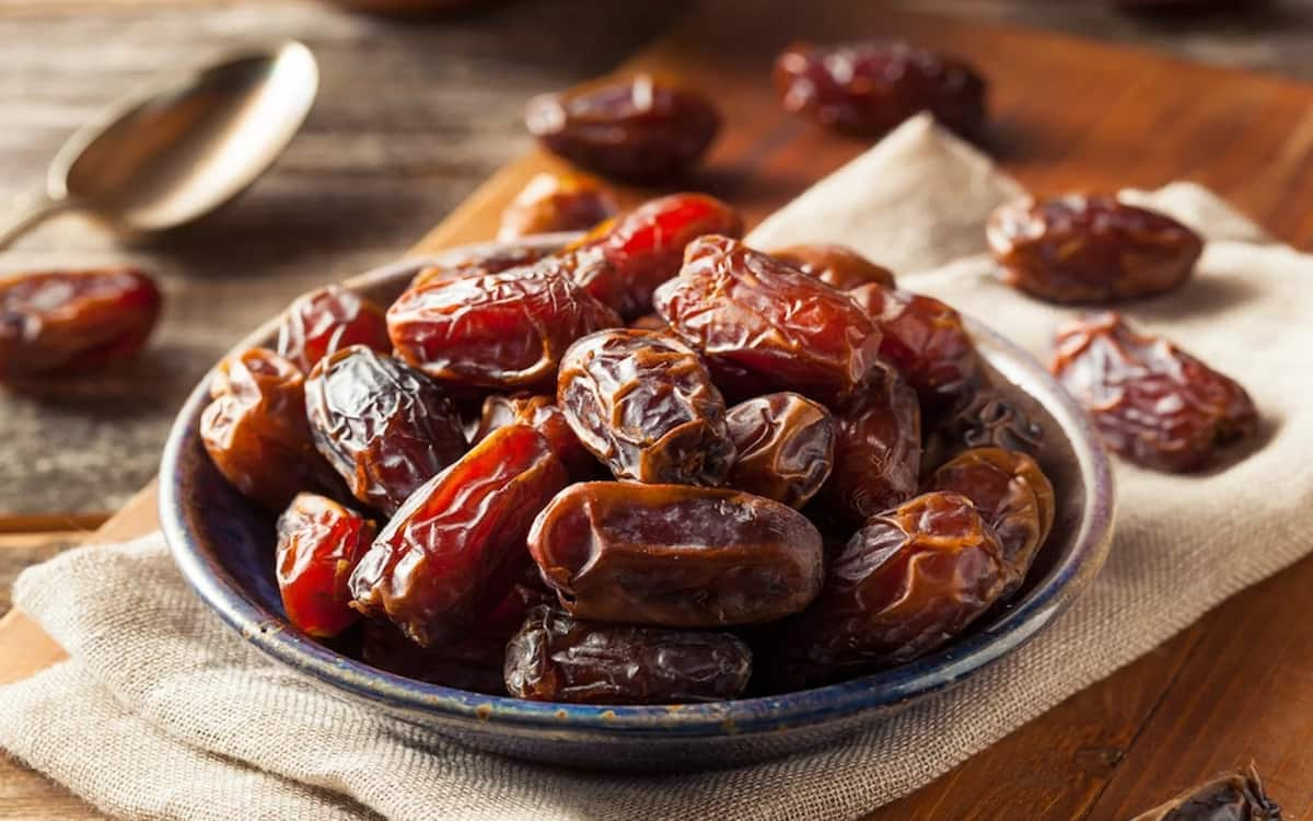 How to eat dates fruit