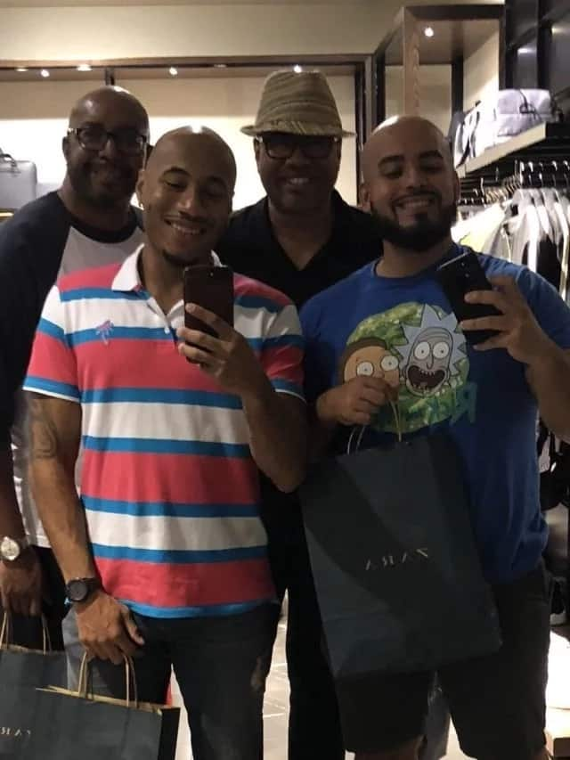 My dad came with his boyfriend to visit me and my boyfriend - Gay wrestler says (photos)
