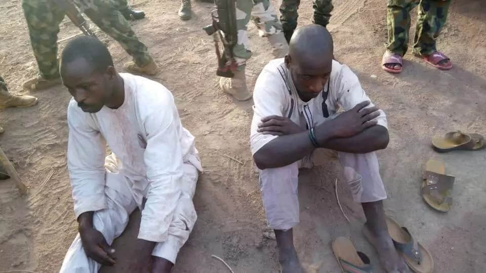 Exercise Ayem Akpatuma: Armed bandits arrested by Nigerian army in Taraba (photos)