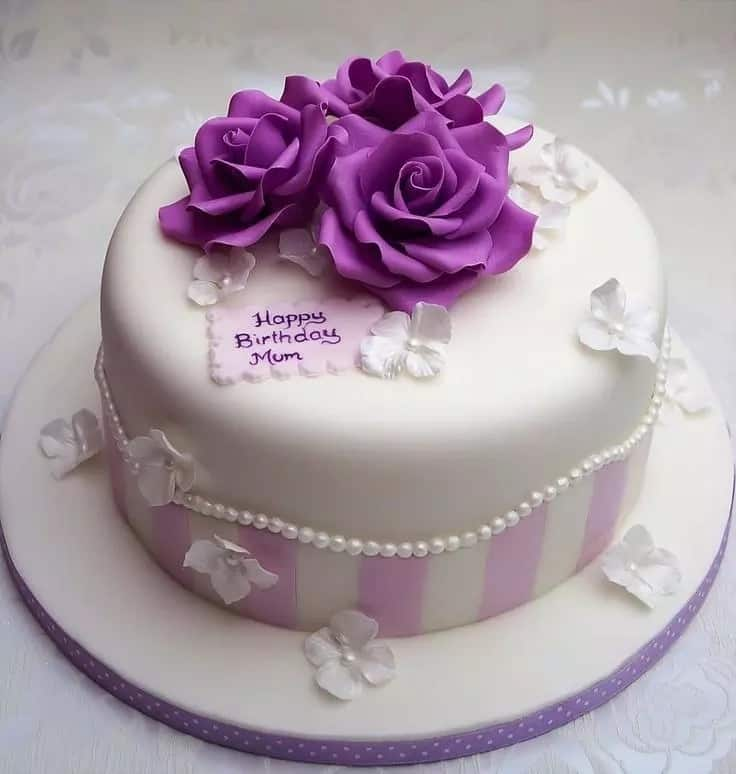 Beautiful Birthday Cake For Mum