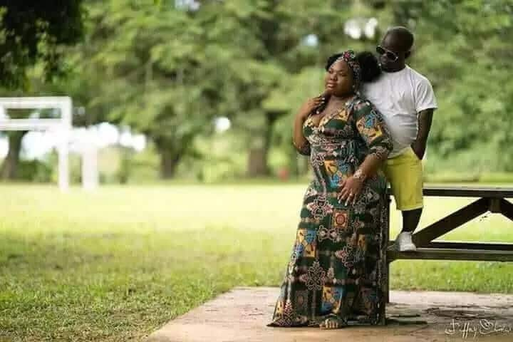You're everything someone needs, and your flaws will be beautiful to them; Couple's pre-wedding photos steal hearts