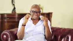 Mass defection hits Ekiti PDP as Fayose's political appointees numbering 500 join APC