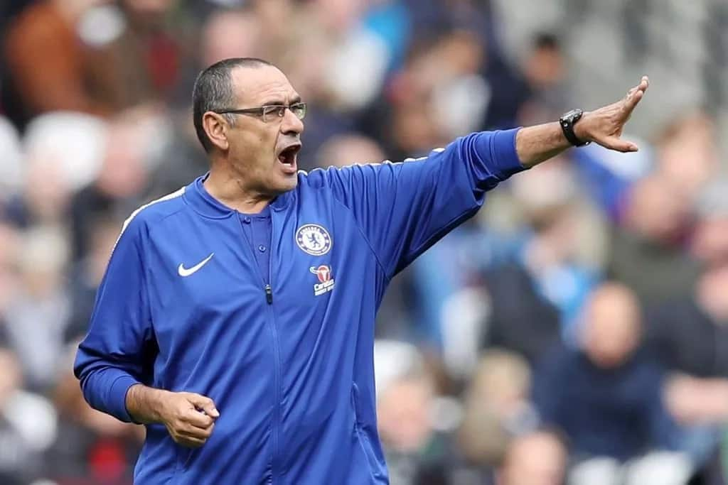 Sarri conceded Premier League title to Man City after Chelsea's loss at Wolves
