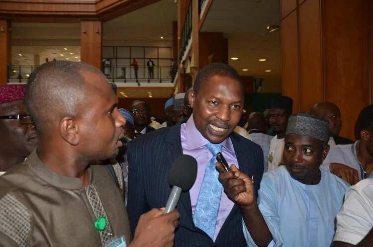 Badakalar zamanin PDP: Kiris, a fara kama wasu manyan kasar nan daga tsofin Gwamnoni da Ministoci