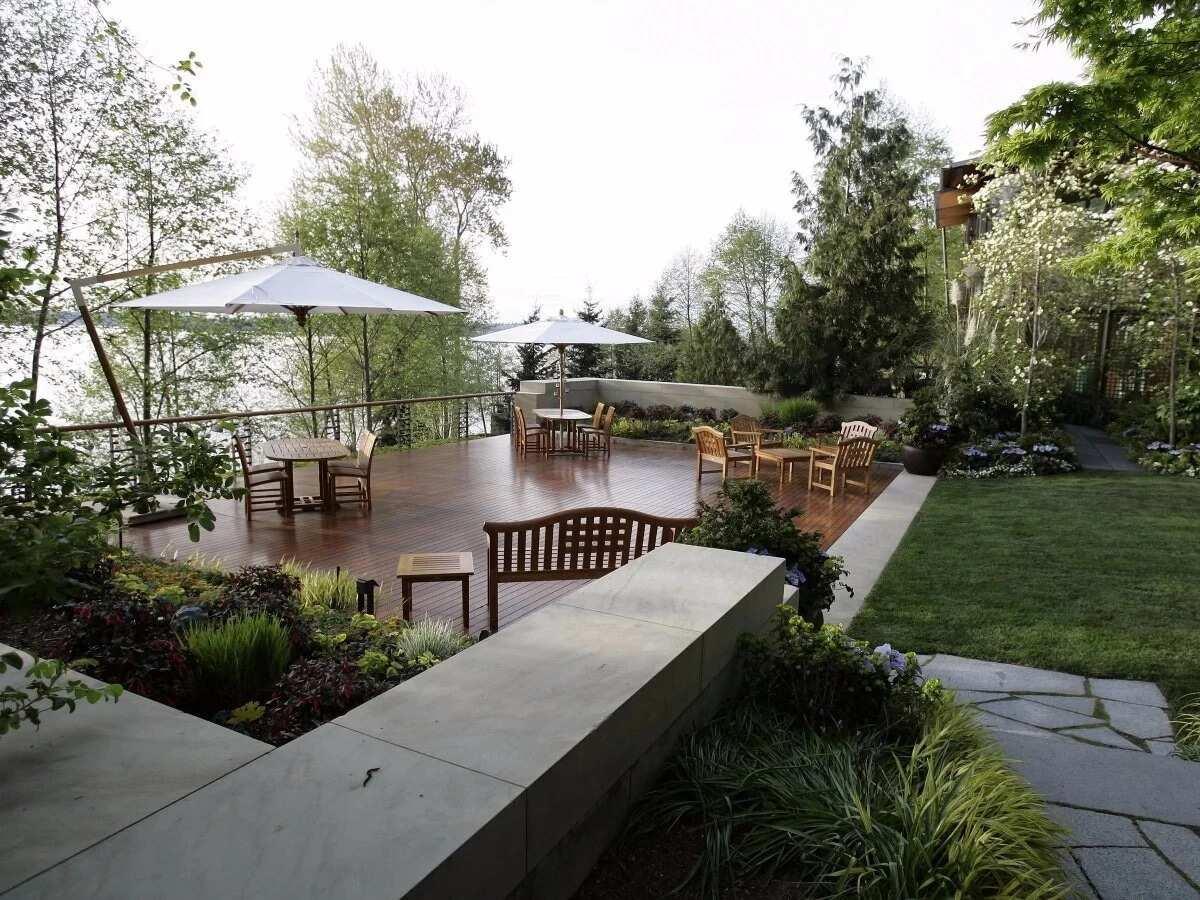 Terrace at Bill Gates house