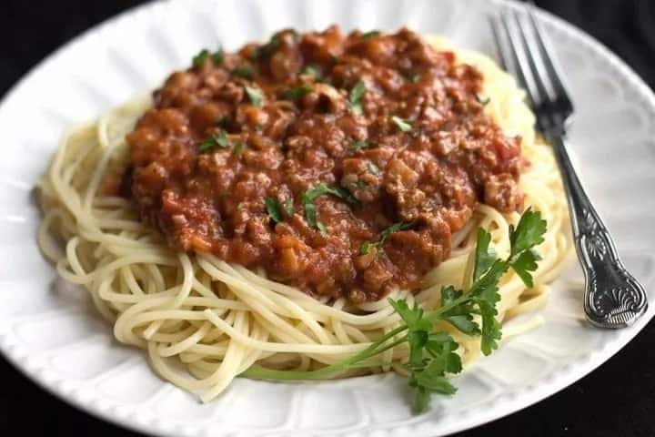 How to make spaghetti Bolognese with Dolmio