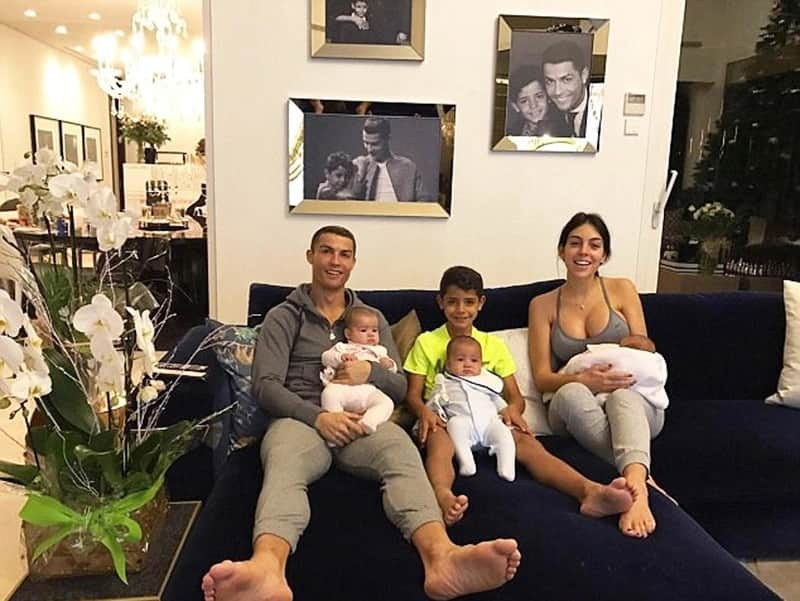 Ronaldo and his family in Madrid house